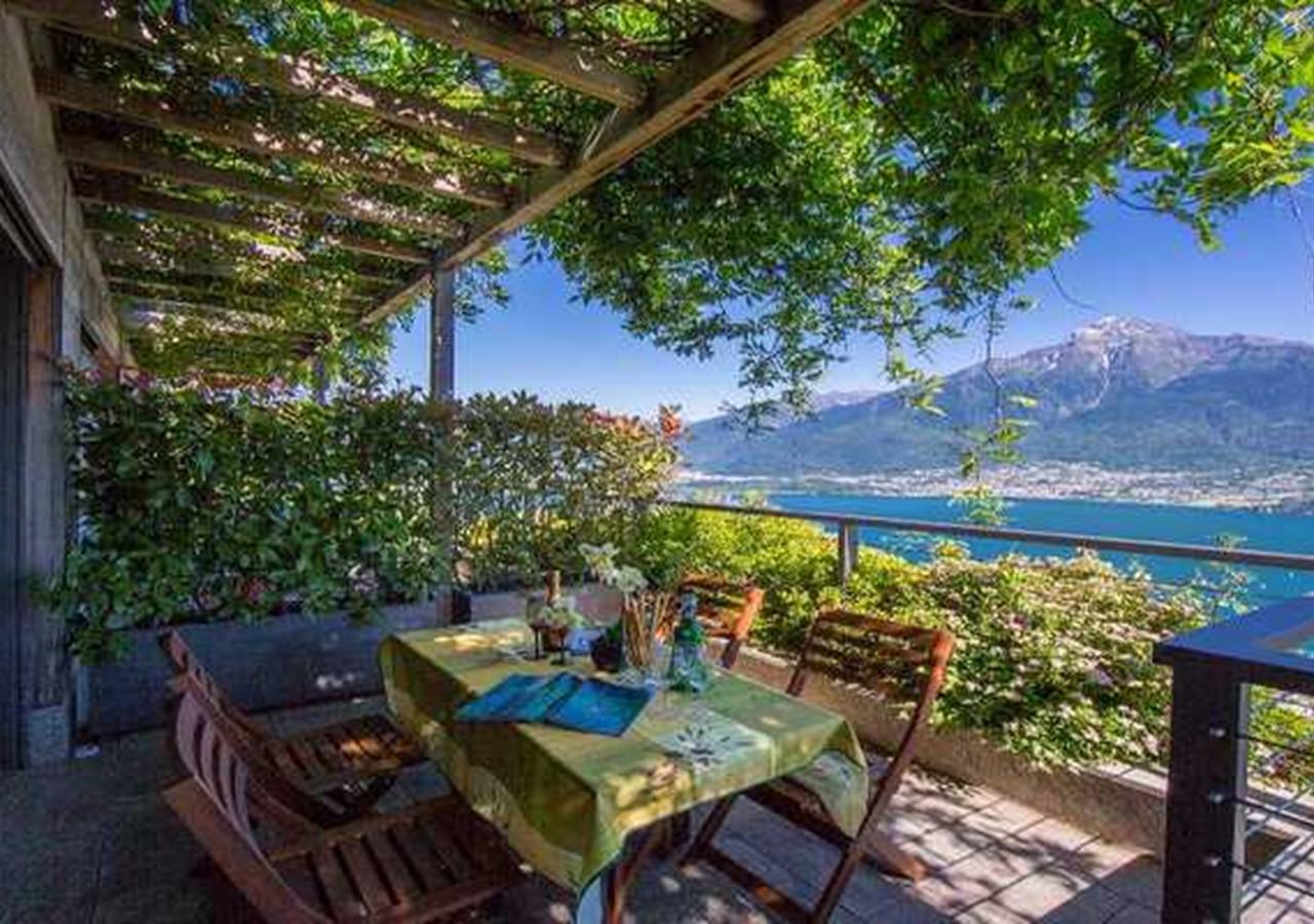 Scenic Lake Como villa with shared pool