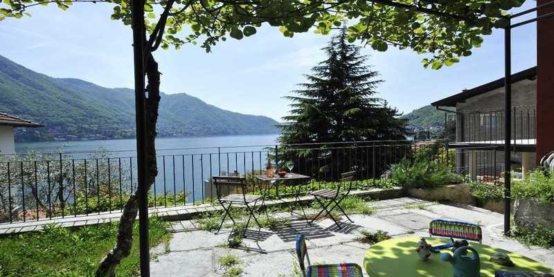 Family friendly townhouse providing great Lake Como accommodation