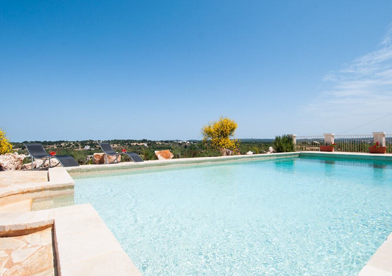 A gracious Trullo in Puglia with private pool