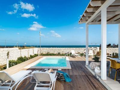 Wonderful modern villa in Sicily near San Lorenzo with private pool