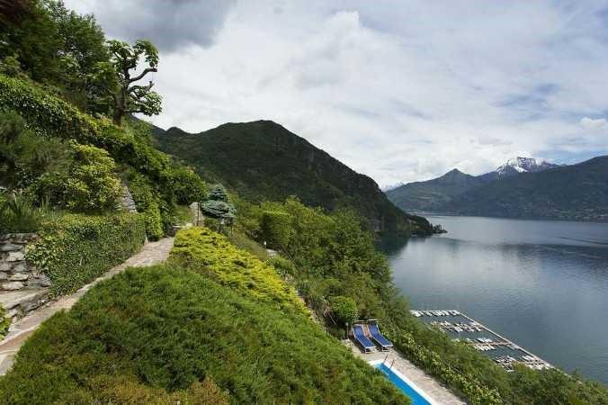 Luxury Lake Como villa with private pool