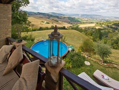 Restored farmhouse villa in Le Marche with pool within walking distance of the pretty village of Sant'Angelo in Lizzola