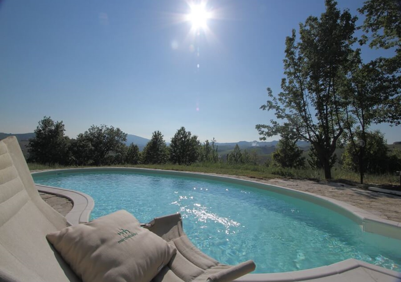 Peaceful villa in Le Marche with pool