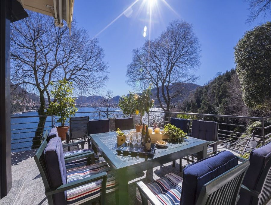 Exceptional luxury Lake Como villa with private pool