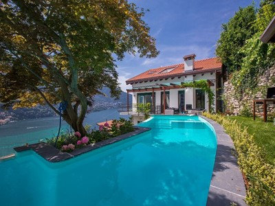 Luxury Lake Como villa with an amazing private swimming pool, 10 minute walk to Moltrasio