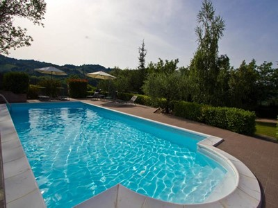 Splendid Le Marche villa with pool ideal for families with children