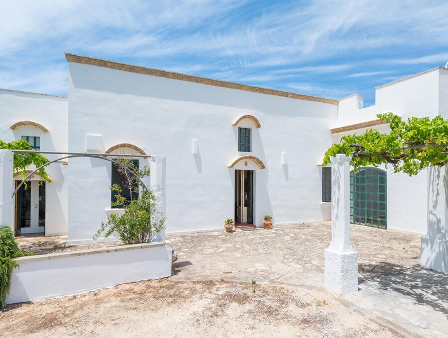 Masseria with private pool near Gallipoli in Puglia