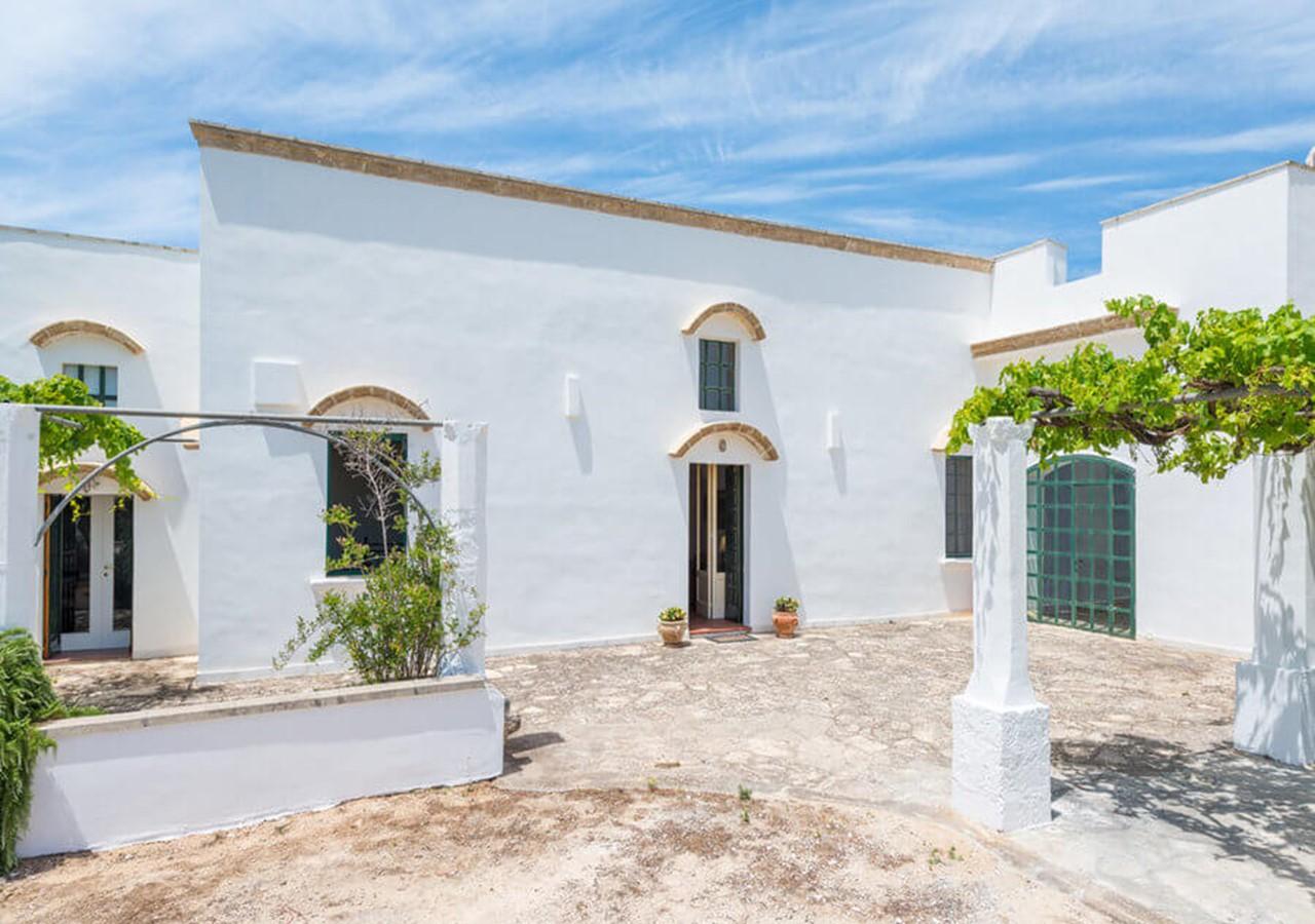 Masseria with private pool near Gallipoli in Puglia