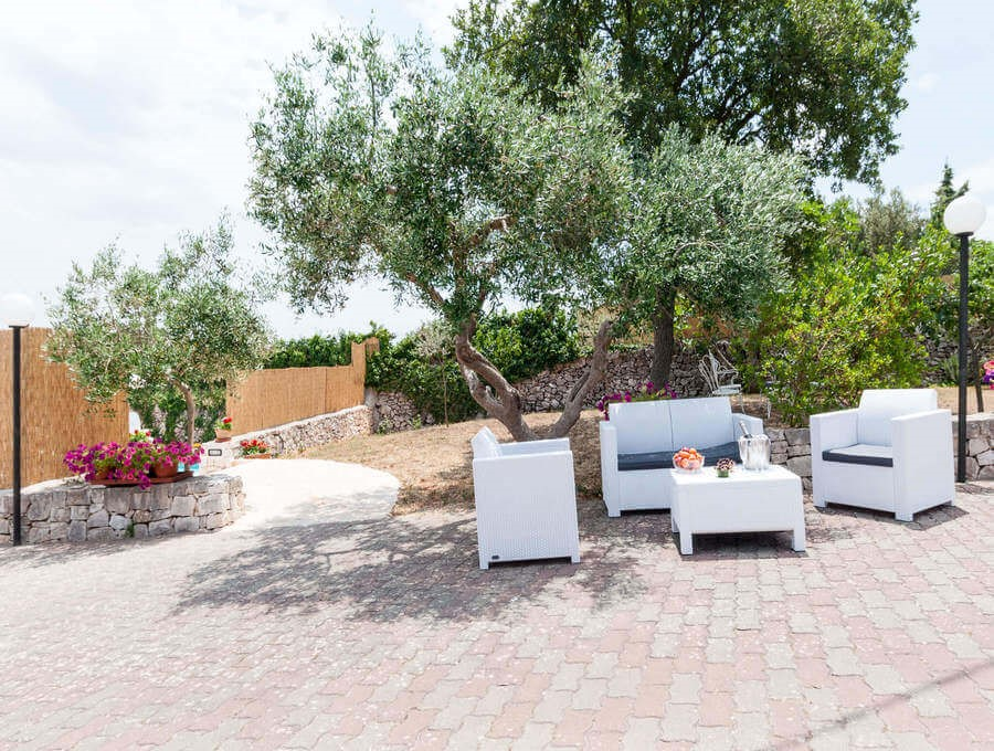 Villa in Puglian countryside with private pool and disabled access