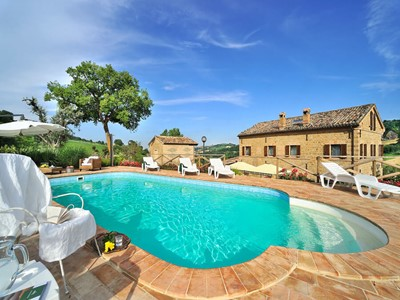 Lovely villa in Le Marche with private pool few minutes away from the charming village of San Ginesio