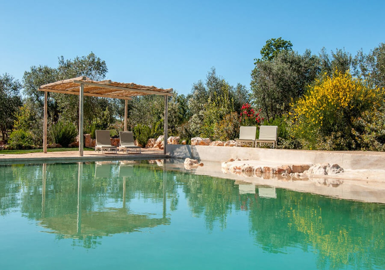 Luxury large Trulli complex with private infinity pool