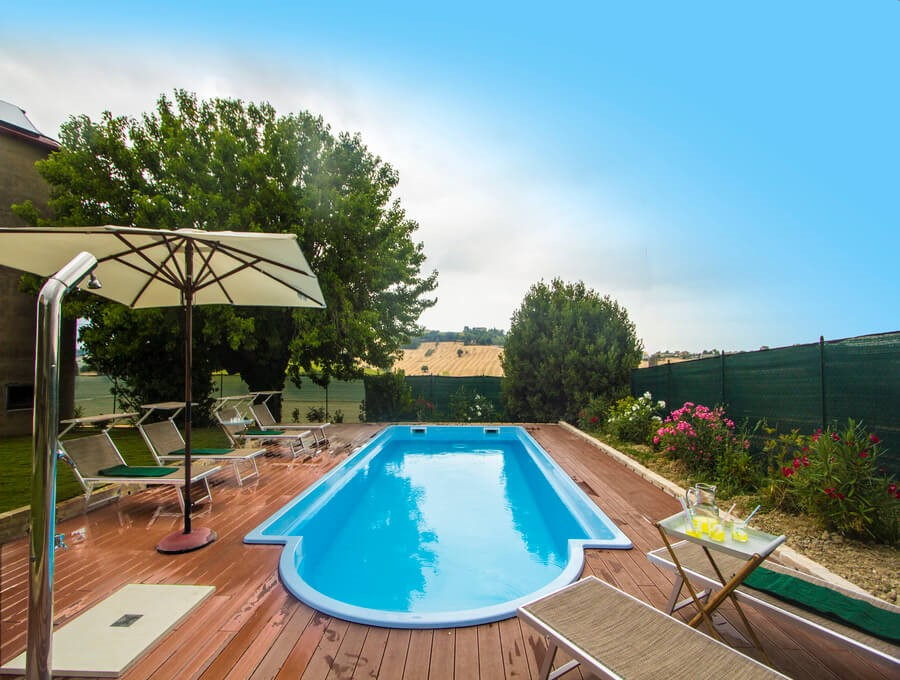 Spacious villa in Le Marche with pool with beautiful views of the hills & villages typical of the Marche region