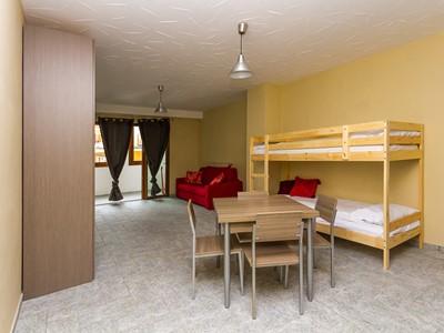 Modern studio apartment sleeping 4 in Sauze d'Oulx
