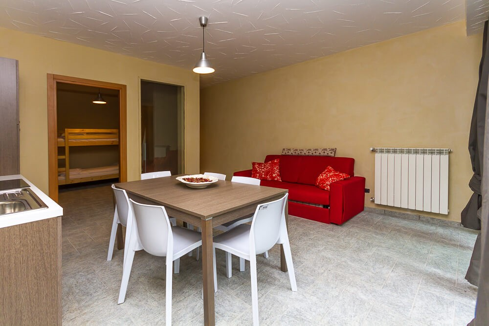 Modern 1 bedroomed apartment sleeping 4 in Sauze d'Oulx