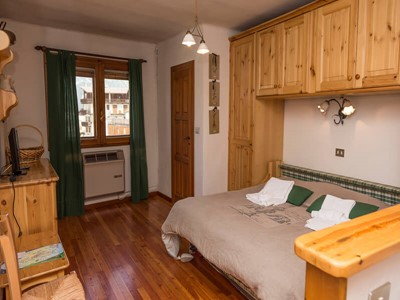 Studio apartment sleeping 2 in Sauze d'Oulx town center