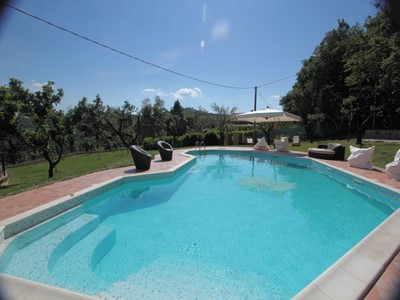 Apartment for 5 people in large villa in Le Marche