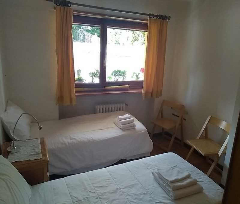 2 apartments in Sauze d'Oulx next door to each other, sleeping 13 people