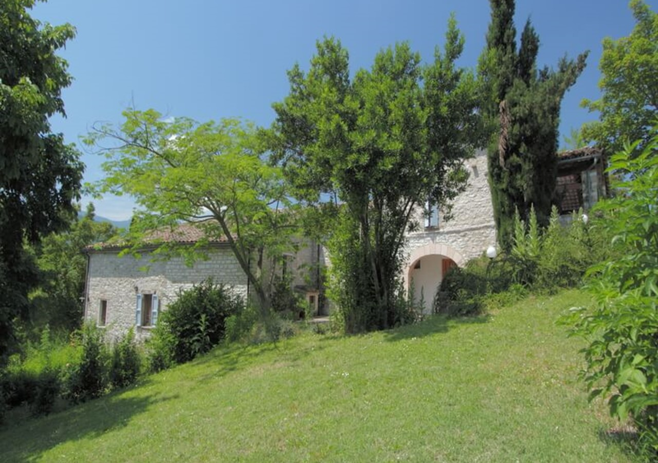 A great relaxing villa in Le Marche with private pool sleeping 10 people