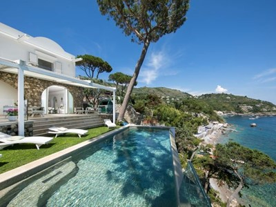 Luxury villa in Amalfi Coast with private pool and direct sea access sleeping 10 people