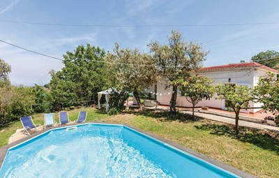 Apartment with shared pool near Sorrento sleeping 6 people in 3 bedrooms