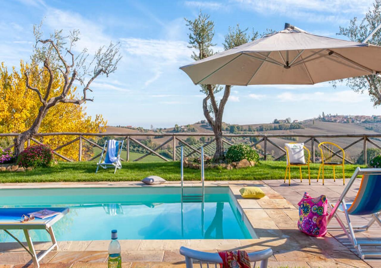 Villa in Le Marche near the Adriatic coast with private pool