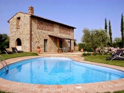 Quaint villa with private pool in the Chianti region