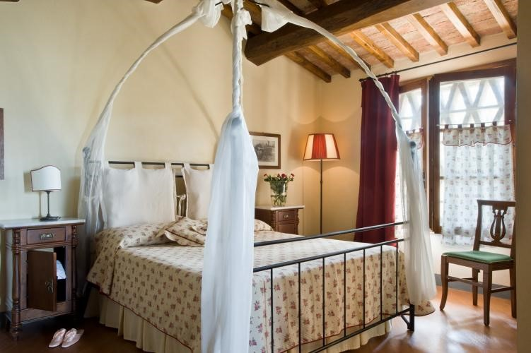 Quaint villa with private pool in the Chianti region