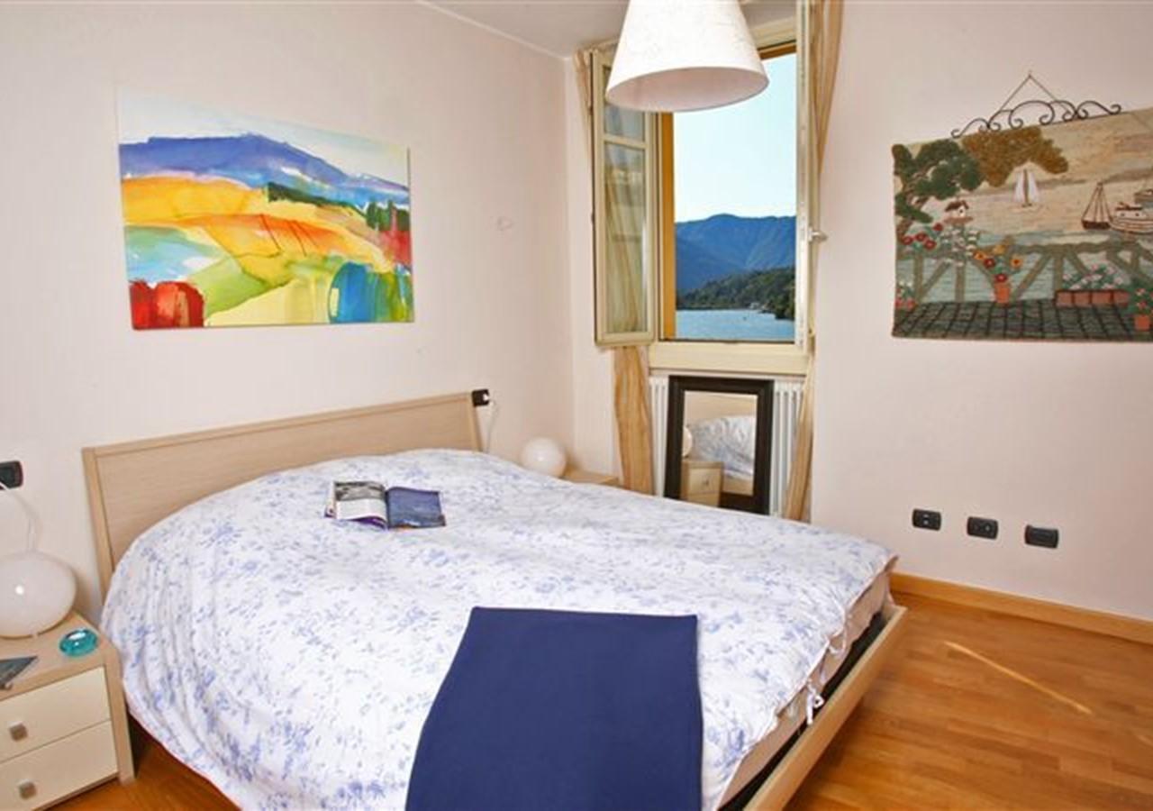 Apartment in central Menaggio on the western shores of Lake Como