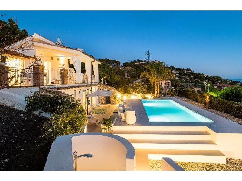 Villa with private pool near Licata in southern Sicily