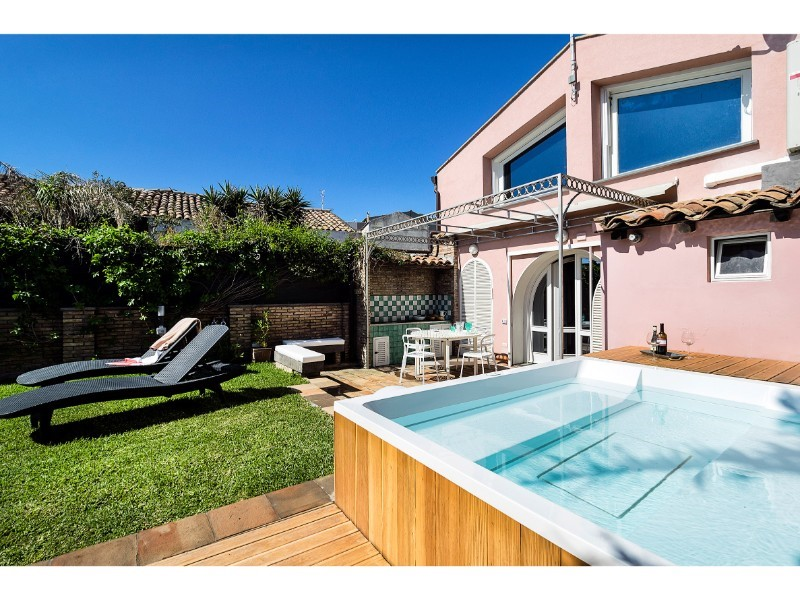 Villa for 4 people near the beaches of Acireale on the eastern shore of Sicily
